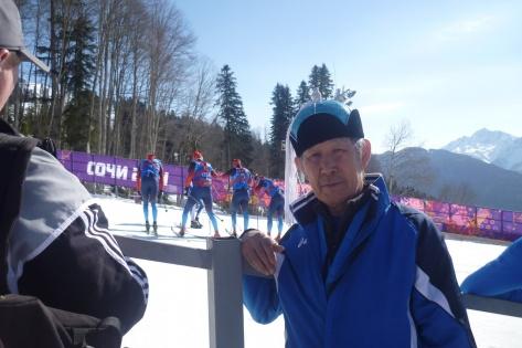 Принадлежность к какой-либо сборной лыжников определить сложно