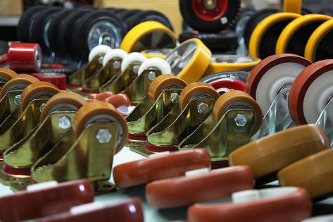 Колеса для тележек и колесные опоры — где и как выбрать качественную продукцию