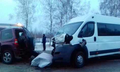 В Бурятии произошло лобовое смертельное ДТП с маршруткой (ФОТО, ВИДЕО)