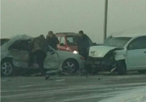 На Селенгинском мосту Улан-Удэ произошло ДТП с пострадавшими (ВИДЕО)
