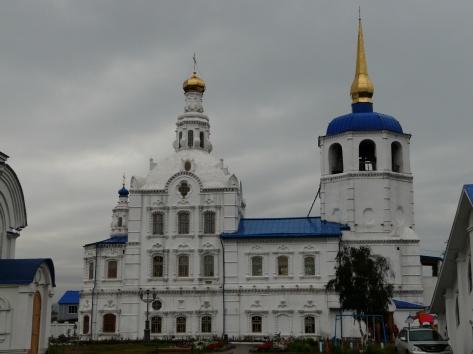 Православный собор: ансамбль цветов снега, неба и солнца, как же это красиво!