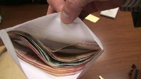 Определено в каких сферах в Бурятии наиболее часто регистрируются взятки