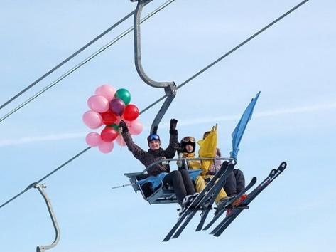Горнолыжный курорт на Байкале досрочно открыл новый сезон