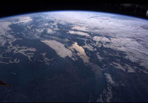 Роскосмос опубликовал фотографию Байкала с МКС