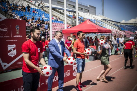 В Улан-Удэ 11 часов подряд играли в футбол