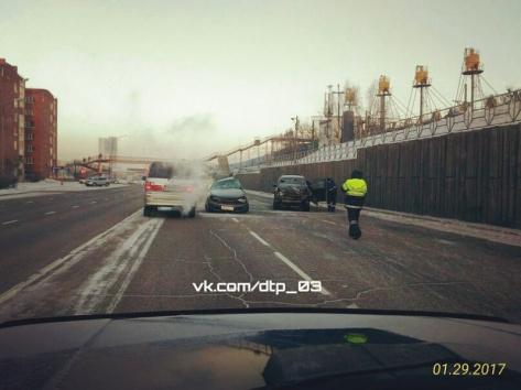 В Улан-Удэ в ДТП с внедорожником погиб мужчина