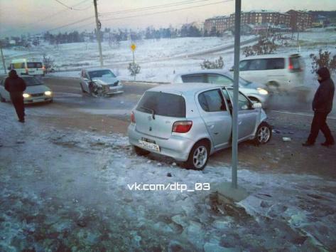 В Улан-Удэ произошло лобовое ДТП (ВИДЕО)