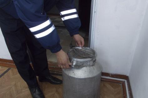 В Бурятии инспектор ДПС задержал наркоперевозчика