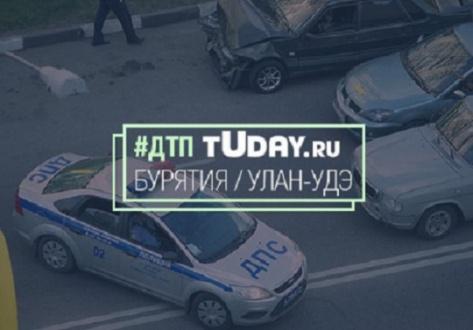 В Улан-Удэ водитель не уступил дорогу и попал в ДТП