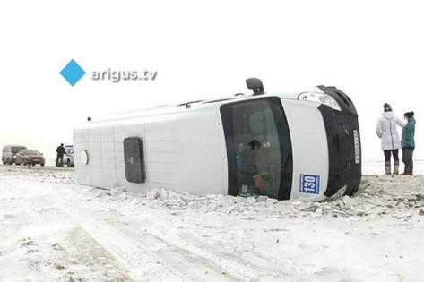 В пригороде Улан-Удэ маршрутка с пассажирами опрокинулась в кювет (ОБНОВЛЕНО)