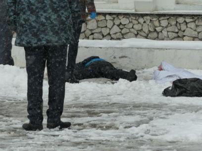 В Улан-Удэ женщина совершила самоубийство (Фото (+18))