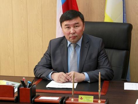 В Бурятии суд восстановил Валерия Цыренова в статусе кандидата на пост главы района