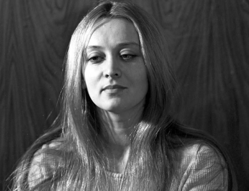Естественные, без накачанных губ, татуажных бровей и подтяжек лица: 14 самых красивых женщин СССР