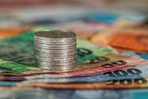 Куда выгодно вкладывать деньги в 2021 году?