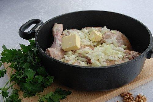 Чахохбили: Одно из вкуснейших блюд грузинской кухни!
