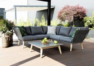 Где купить садовую мебель для своего участка?