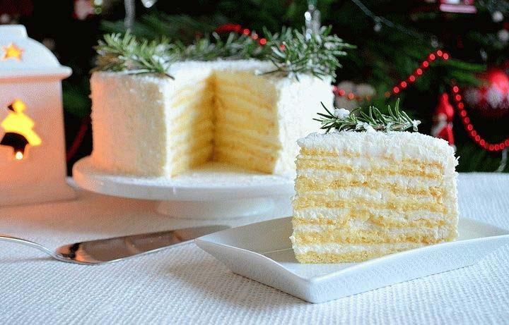 Новогодний торт «Кокосовое наслаждение»