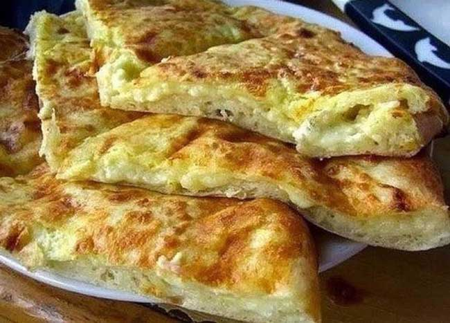 Так делают в Тбилиси: хачапури на сковородке